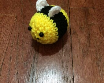 Buzz the Bee – FREE SHIPPING