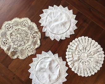 Vintage 1930s 1940s 30s 40s 4 x different crochet lace doilies placemats mats