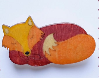 Sleeping fox brooch, badge, ideal for fox or wildlife fan! Brighten your Being with a Brooch!