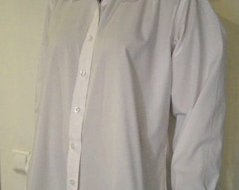 Vintage white women's blouse UNEEK Size XL 16 Womens White Shirt Blouse Classic White Blouse Long sleeved Buttoned blouse 85% cotton blouse