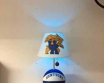 Kentucky Wildcats Lamp, Kentucky basketball, basketball light, NCAA, basketball lamp, March Madness, man cave, night light, Final Four