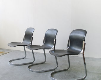 Vintage Black Genuine Leather and Chrome Cantilever Dining Chairs by Willy Rizzo for Cidue Italy Executive Office Modernist Minimalist Set