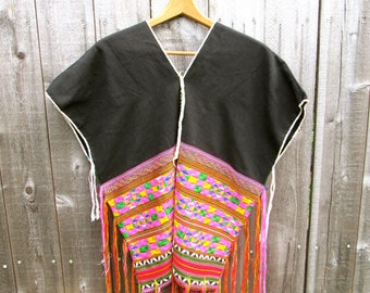 Vintage Poncho Boho Poncho Ethnic Poncho Tribal Poncho Bohemian Top Free People Style Fringes Colorful Embroidered Top Handmade Embroidery