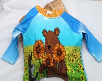 TShirt size 80 with bear and Bunny in the sunflower field