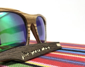 Custom engravings for wooden sunglasses, personalized sunglasses, Wooden sunglasses custom, engraved gift, personalised presents