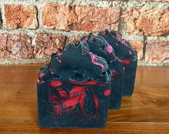 Dragonsblood // Cold Process Soap // Vegan // Handmade // Artisan // Activated Charcoal