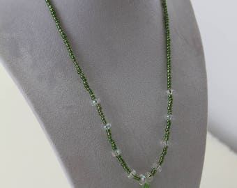 TerisArt Green Glass Pendant Necklace