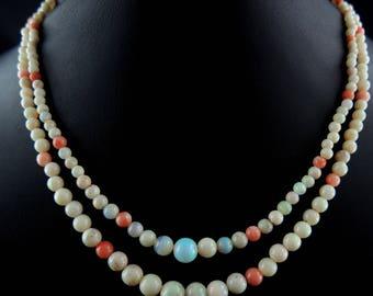 Collier Art Deco deux rangs de perles d'opales et corail - Circa 1930// Two ranks Art Deco necklace with opals and coral pearls - Circa 1930