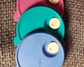 Tupperware~Magnets~Red-Blue-Green~CrystalWave Seals