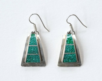crushed turquoise and sterling silver vintage trapezoid Mexican earrings / vintage abstract turquoise sterling earrings
