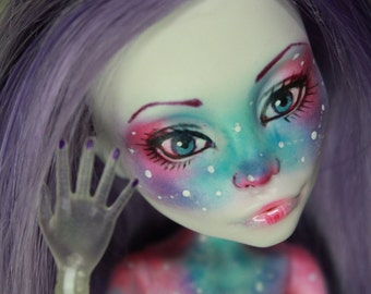Monster high repaint OOAK  galaxy Nude doll Spectra Vondergeist
