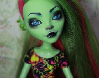Monster high repaint OOAK doll Venus Mcflytrap
