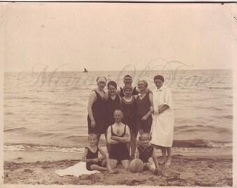 Vintage Photo - Friends Photo - Summer - Beach - Young men and women - Swimsuits - Vintage Snapshot - Polish Photo - Prewar fashion