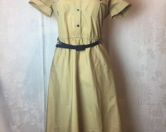 261. SOLD - VINTAGE- Safari Dress