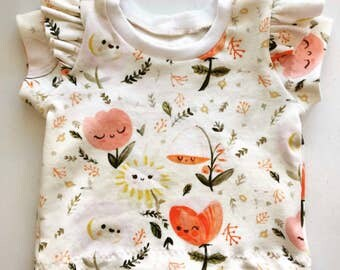 Organic Knit Flutter Sleeve Tee // Happy Flowers