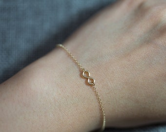 Dainty infinity bracelet//gold filled//Minimalist//Simple//Dainty//Everyday//GFGF001