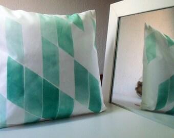 Decorative pillow, pillow cover, green, green