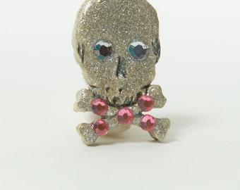 Scull Pin Handmade