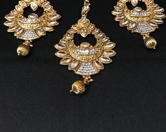 Indian Earring Tikka Set - Indian Earrings - Bridal Tikka - Antique Gold Set - Bollywood Jewelry - Bridal Jewelry - Indian Jewelry -