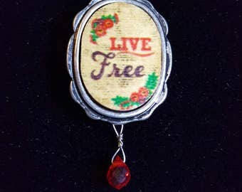 """LIVE FREE PENDANT Necklace - Simply Classic on a Green thin leather 18"""" chain."""