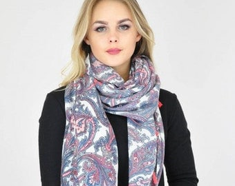 Paisley White Pink Scarf / Spring Summer Scarf /  Womens Scarves / Gift for her / Accessories / Gift for Mother