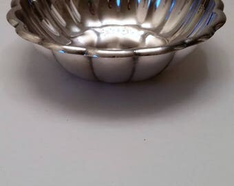 Reed and Barton Holiday Silver Plate Bowl