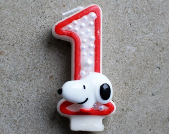 Snoopy birthday candle / snoopy candle / snoopy birthday / snoopy decoration / snoopy decor / snoopy party / snoopy candles / peanuts candle