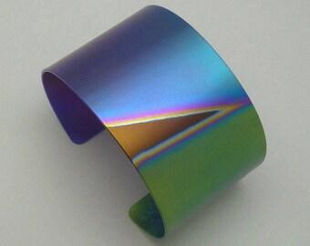Bracelet, titanium, cuff, Anodized titanium bracelet. Anodized titanium cuff.