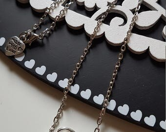 Heart shaped necklace with pendant