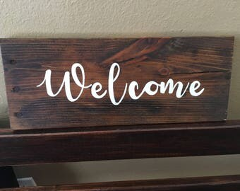 Welcome wood pallet sign