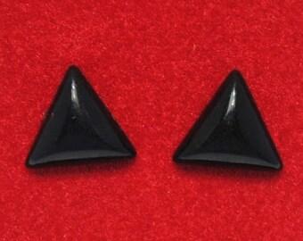 Earrings - black triangle - ear chips - vintage earrings - plastic