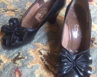 1940s Peep Toe Pumps