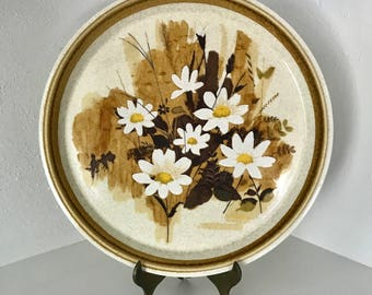 Vintage Mikasa Plate - Daisy Mae pattern - stoneware plate - display shelf item