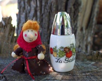 Kitchen Witch / Strega Uno - Kitchen Witch doll