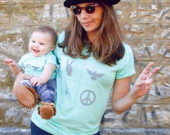 PEACE - unisex tee