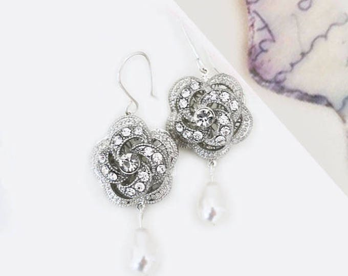 Vintage Glam Pave Cubic Zirconia Romantic Bridal Earrings 3D Rose Swarovski Pearl Crystal Wedding Earring Bohemian Flower Drop Pearl Jewelry