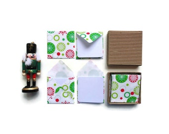 Christmas Snowflakes Stationery Set, Blank Note White Cards, Small Square Envelopes Green Red Dots, Merry Christmas Gift Cards Tags Under 10