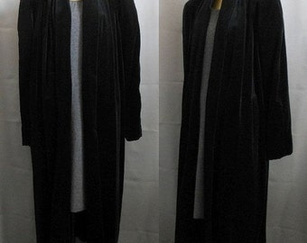 MOVING SALE Vintage 40s Style Swing Coat, 80s Black Velvet Clutch Coat, Size S to M, Small to Medium