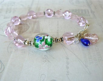 Pink and Blue Glass Bead Bracelet, Blue and Green Flowered Lampwork Bead, Floral Summer Jewelry, Pink Beaded Bracelet