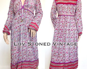 Vintage 70s Indian Cotton Gauze Boho Hippie Gypsy India Ethnic Festival Dress . S/M . D069 . 1250.2.3.17