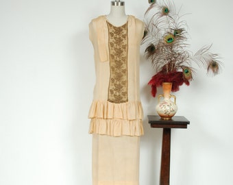 Vintage 1920s Dress - Palest Yellow Silk Drop Waist Picnic 20s Dress with Gold Metallic Lamé Lace and Ruffles - Autumn Helios
