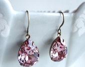 Swarovski Crystal Antique Pink Rhinestone Teardrop Pear Earrings Retro Old Hollywood