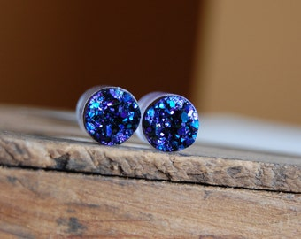 00g (10mm) Violet Purple Faux Druzy Geode Rough Crystal Plugs Gauges for stretched earlobes. Acrylic Crystal Plugs