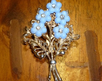 Cute Vintage Blue Flower Bouquet Pin Forget Me NotF flower pin
