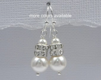CUSTOM COLOR Bridesmaid Gift, Bridesmaid Earrings, Swarovski White Pearl Earrings, Bridesmaid Gift, Swarovski Pearl Earrings, Pearl Earrings