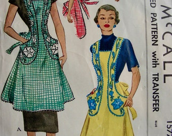 UNCUT * 1950 McCall Pattern 1577 * Cottage Chic  Misses' Bib Apron with Morning Glory Transfers * Size Large