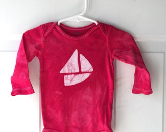 Sailboat Baby Bodysuit, Red Boat Baby Shirt, Baby Sailboat Bodysuit, Gender Neutral Baby Gift, Boat Baby Gift, Nautical Baby (9 months)