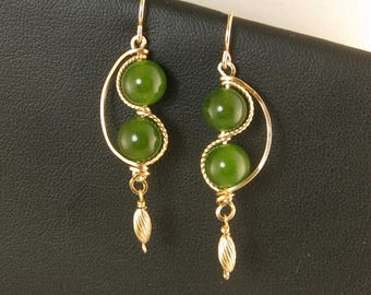 Green Jade Gemstone Gold Dangle Earrings, Unique Green Nephrite Jade Wire Wrapped Green Gold Dangle Earrings, Green Jade Wire Jewelry
