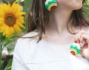 Sunflower Felt Earrings, Yellow Green Sequins, Bold Statement Earring, Beads Embroidery Jewelry, Field Flower Botanical, Modern Summer Plant
