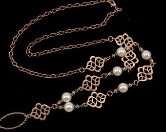 Women's Eyeglass Chain in Copper with Pearls, Pearl Eyeglass Holder, Eyeglass Holder Necklace, Spectacle Necklace, Gift for HER